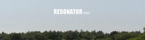 Ausschnitt aus Resonator-Album-Cover